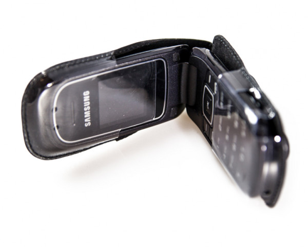 caseroxx Leather-Case with belt clip for Samsung E1150i made of genuine leather, mobile phone cover in black